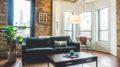 Stue der er indrettet med god stil