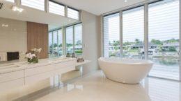 Moderne badeværelse